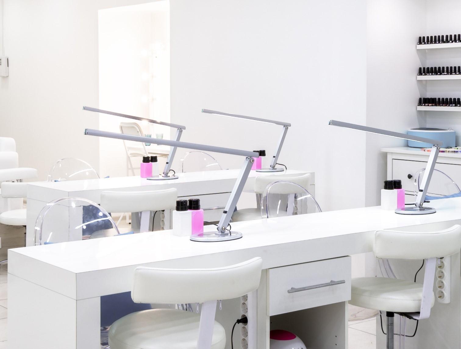 Verlichting manicure werkplek
