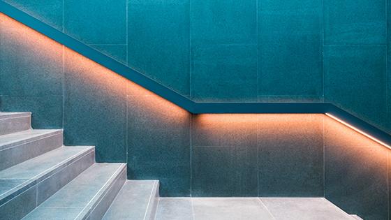 Treppenbeleuchtung mit LED-Streifen