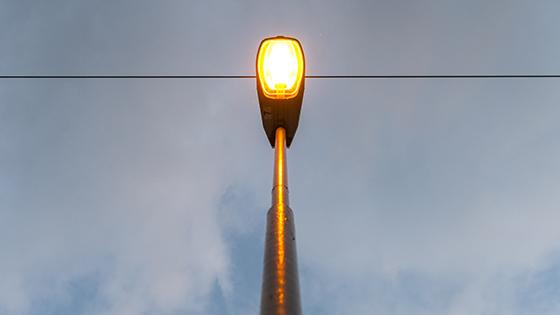 Sodium-Vapour-Discharge-Lamp-as-Street-Lighting